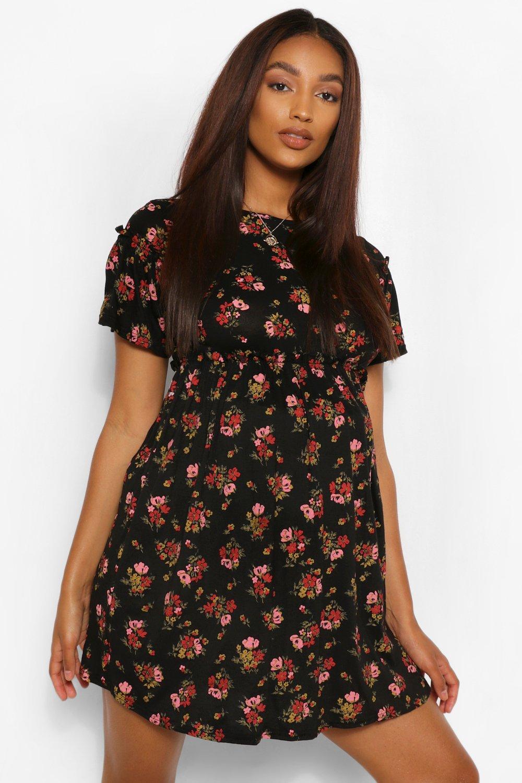 Boohoo | Платье со сборками и цветочным принтом для беременных | Clouty