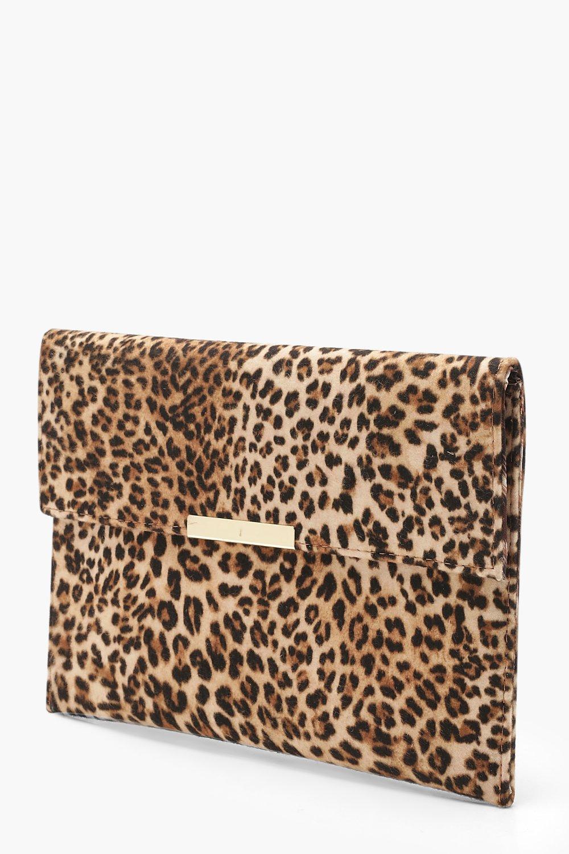 Boohoo | Клатч-конверт с леопардовым принтом и ручкой | Clouty