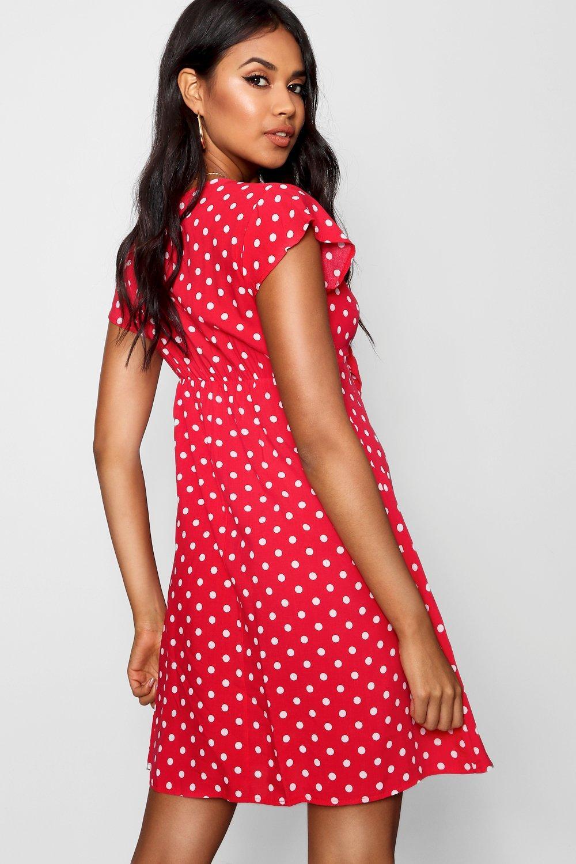 Boohoo   Свободное платье с отделкой в горошек на завязках   Clouty