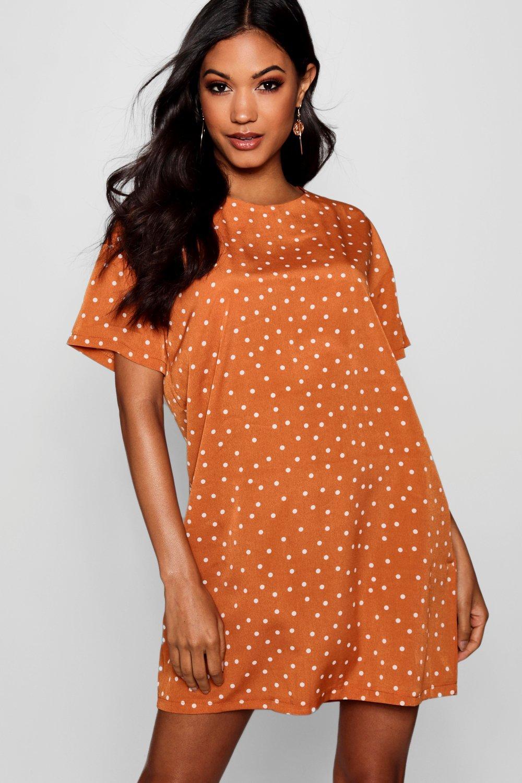 Boohoo | платье-футляр в мелкий горошек с короткими рукавами | Clouty