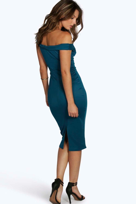 Boohoo   Изумительное облегающее миди-платье с открытыми плечами   Clouty