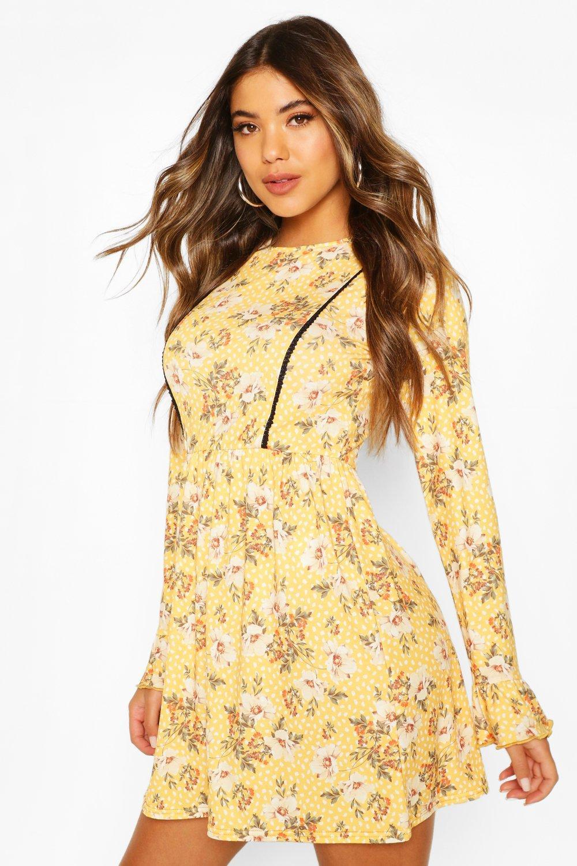 Boohoo | Свободное платье с цветочным принтом и кружевными вставками | Clouty