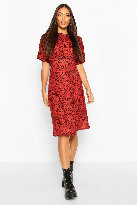Boohoo | Платье миди с рукавами «летучая мышь» и рисунком под далматинца | Clouty