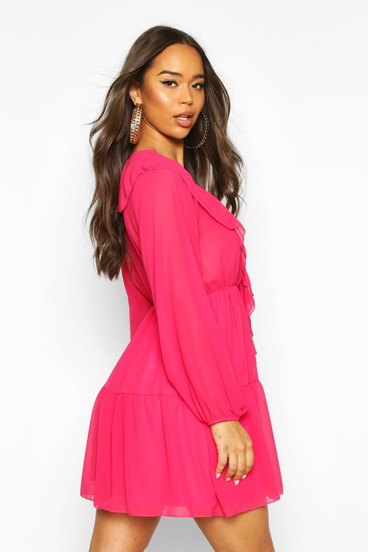 Boohoo | Свободное платье со сборками спереди из шифона | Clouty