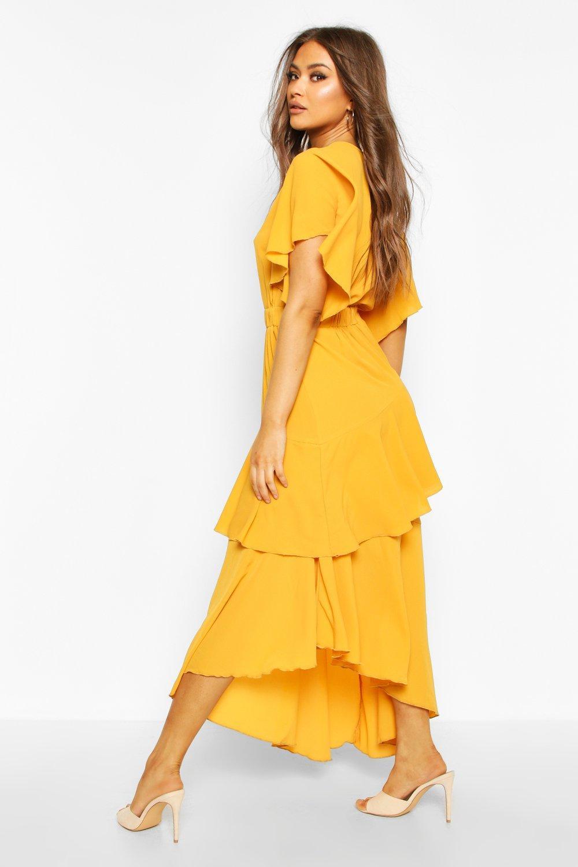 Boohoo | Многослойное платье макси с расклешенными рукавами | Clouty