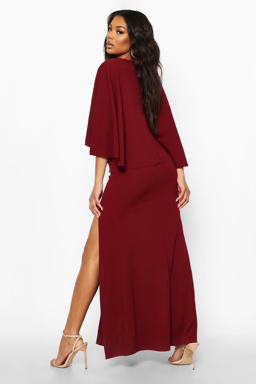Boohoo | Платье-макси с V-образным вырезом и накидкой сзади | Clouty