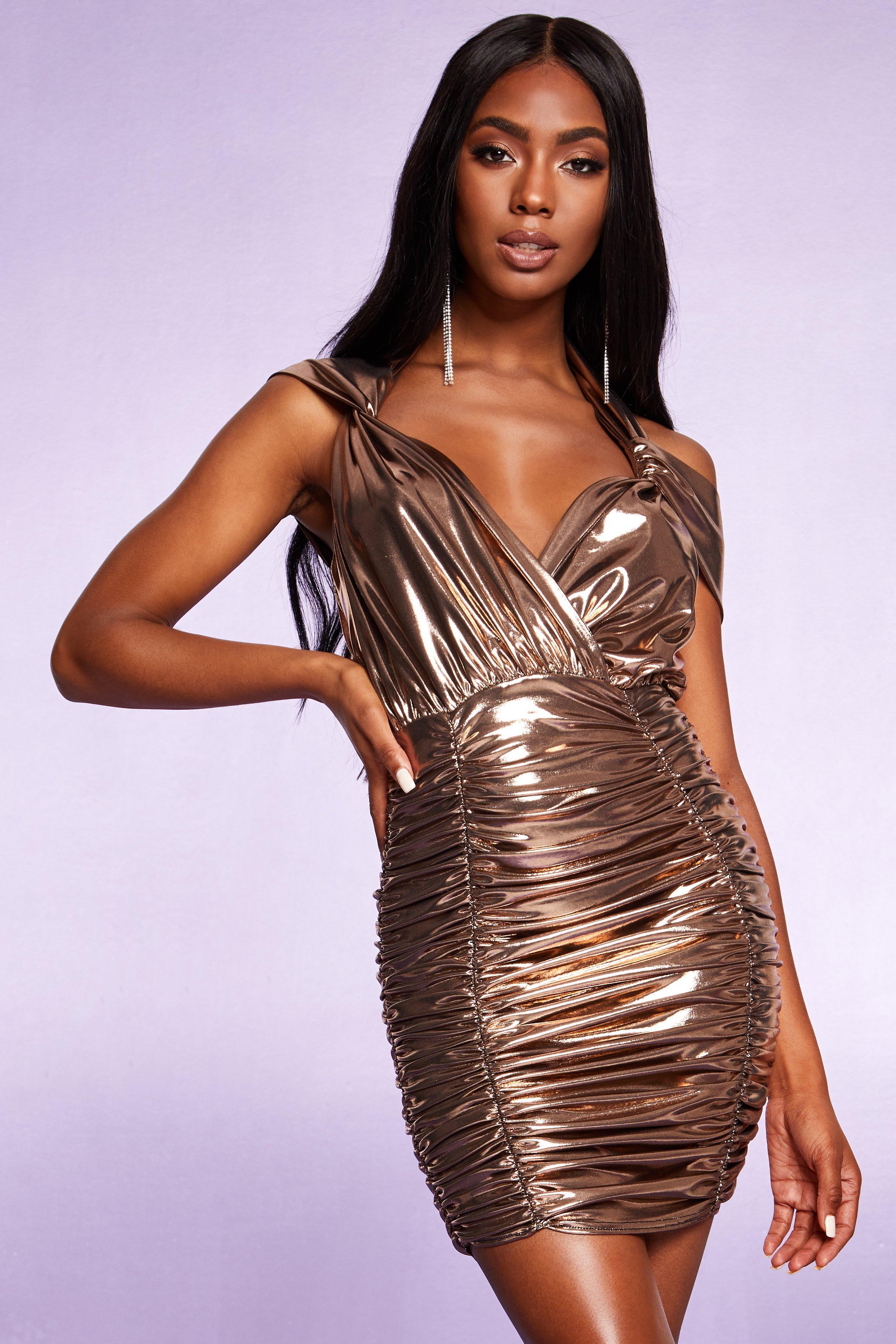 Boohoo | Металлизированное платье с завязками уздечкой со сборками по всей поверхности | Clouty