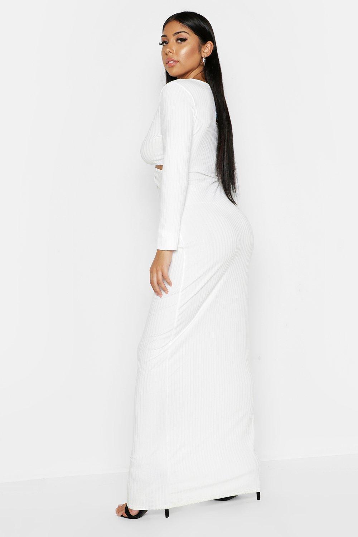Boohoo | Макси-платье с кольцом и глубоким декольте в рубчик | Clouty
