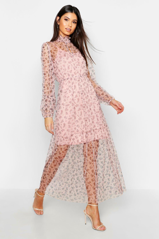 Boohoo   Макси-платье с присборенным низом с рисунком в мелкий цветочек в стиле бохо   Clouty