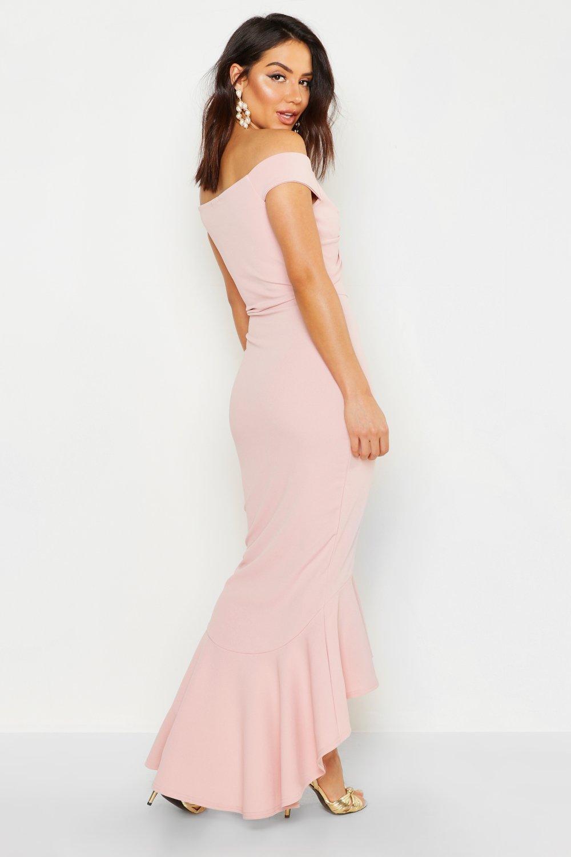 Boohoo | Макси-платье с асимметричным низом, вырезом лодочкой и узлом спереди | Clouty