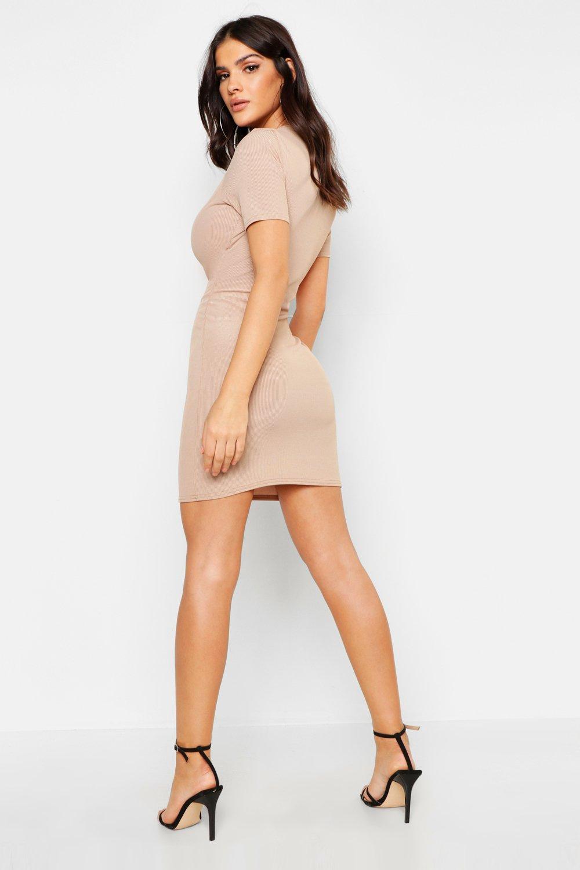 Boohoo   Мини-платье в рубчик   Clouty