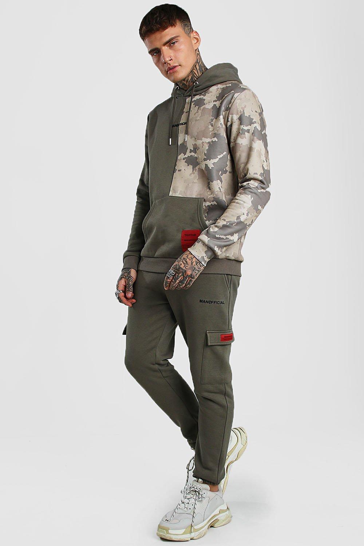 Boohoo   Официальный спортивный костюм MAN с камуфляжным принтом и толстовкой карго   Clouty