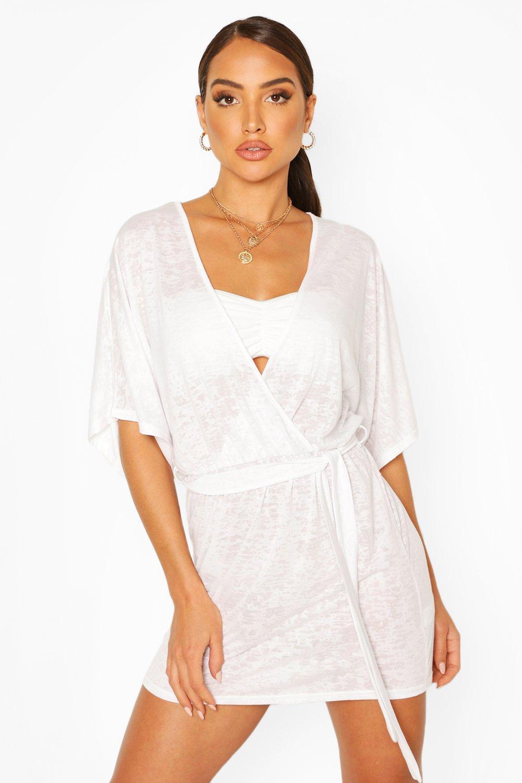 Boohoo | Пляжное платье мини в стиле кимоно с завязками на талии и выжженными вырезами | Clouty