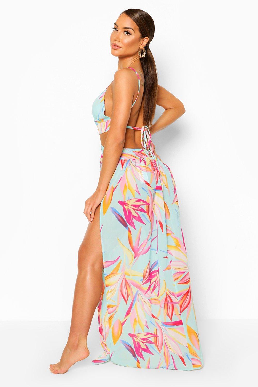 Boohoo | Пляжное платье с вырезами и принтом в виде тропических листьев | Clouty