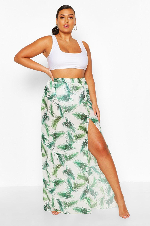 Boohoo | Из коллекции «Плюс сайз»— Пляжная макси юбка с тропическими листьями | Clouty