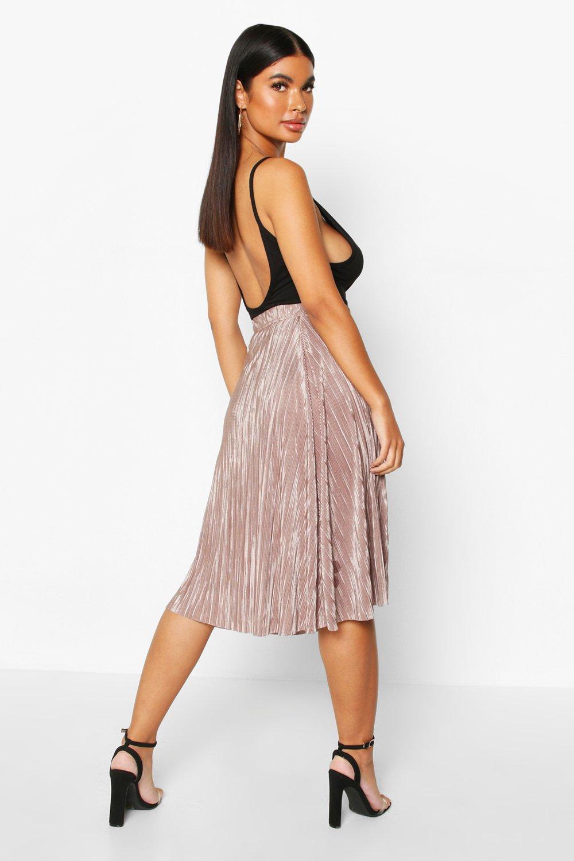 Boohoo | Petite — Плиссированная миди-юбка | Clouty