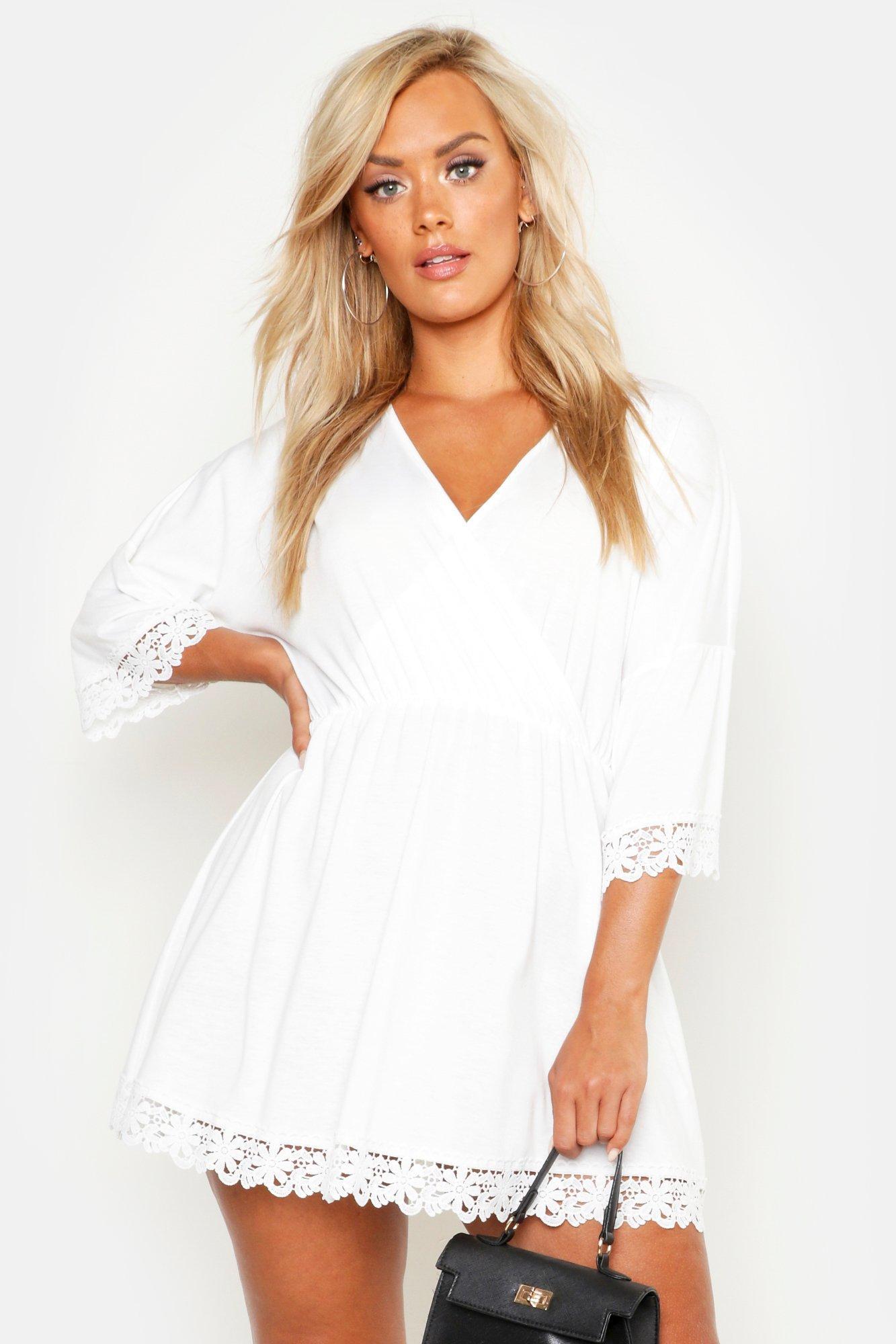 Boohoo   Плюс сайз — Пляжное платье с отделкой из связанного крючком кружева   Clouty