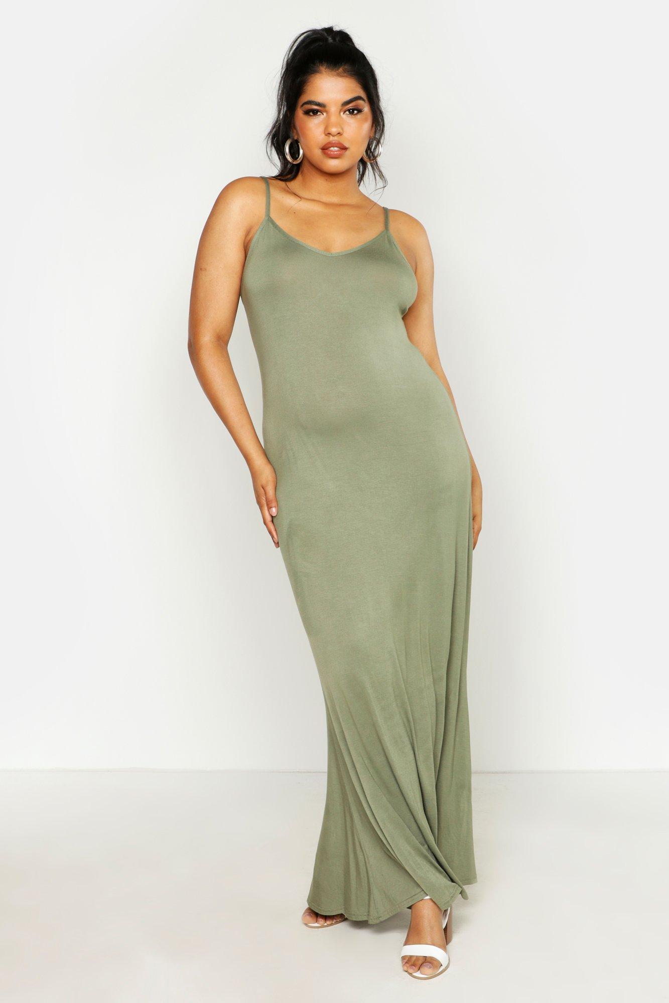 Boohoo | Плюс сайз — Базовое воздушное макси-платье | Clouty