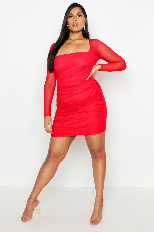 Boohoo | Плюс сайз — Облегающее платье из сетки с квадратным декольте и отделкой рюшами | Clouty