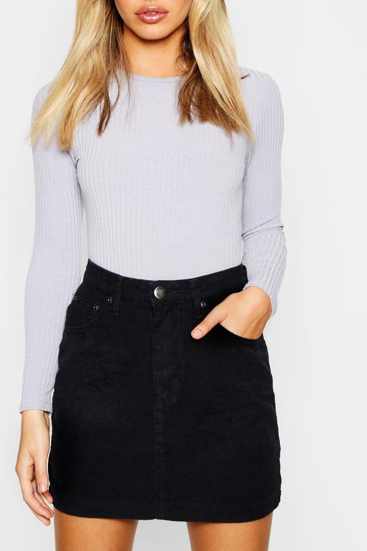 Boohoo   Petite — мини юбка из вельвета   Clouty