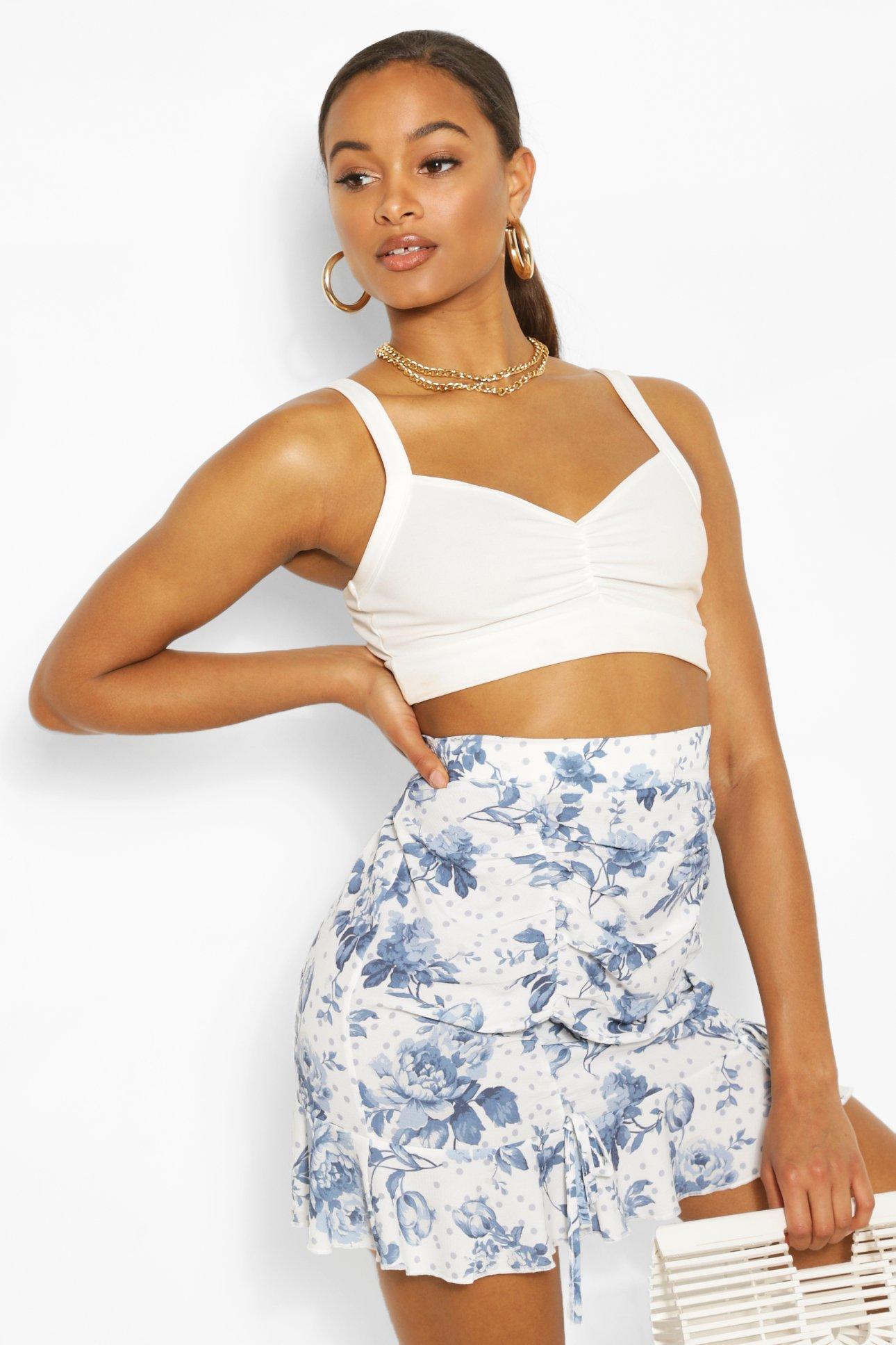 Boohoo | Из коллекции «Tall»— Тканая юбка с цветочным рисунком и рюшами в крапинку | Clouty