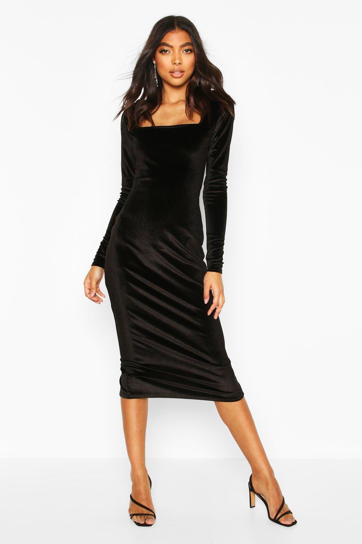 Boohoo | Из коллекции «TALL»— Бархатное облегающее платье миди | Clouty