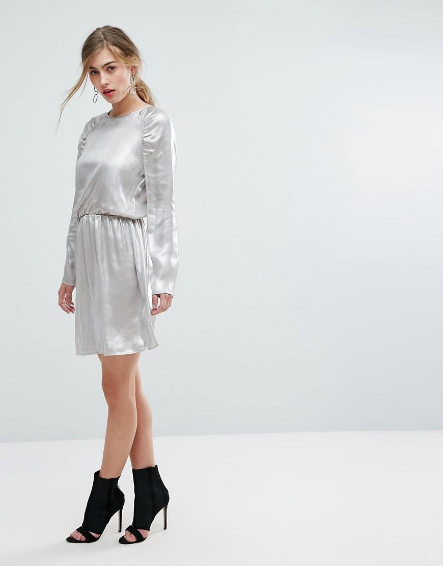 Ivyrevel   Серебряный Платье мини с длинными рукавами и сборками на плечах Ivyrevel   Clouty