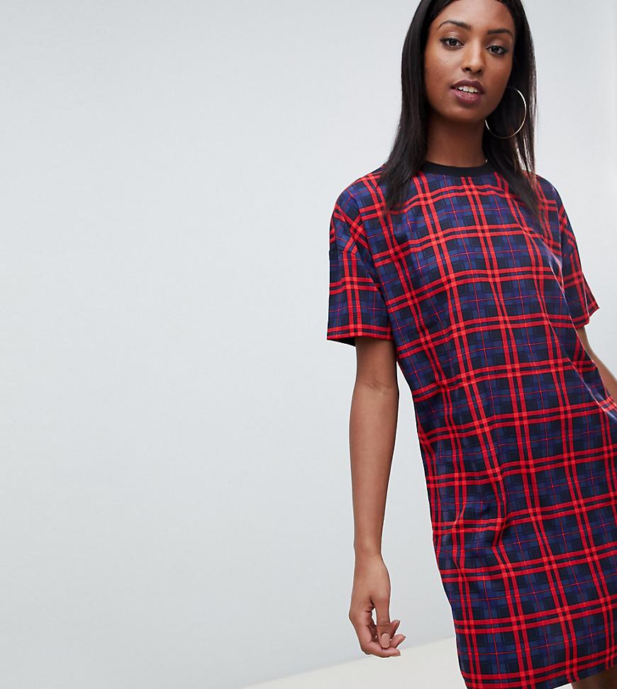 Noisy May | Платье-футболка в клетку Noisy May Tall - Красный | Clouty