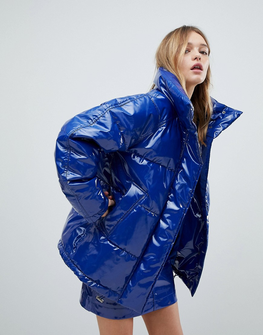 Monki | Блестящая дутая куртка Monki - Синий | Clouty