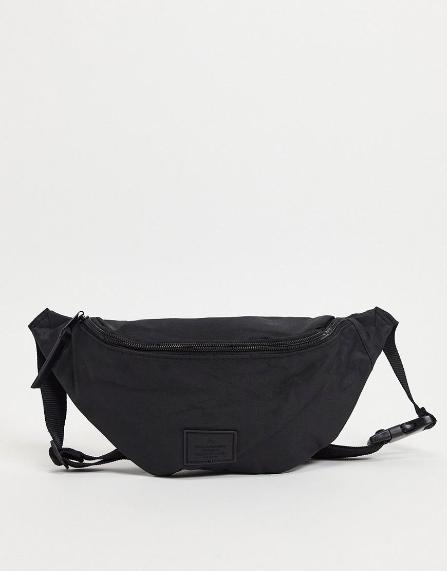ASOS | Черная сумка-кошелек на пояс ASOS DESIGN - Черный | Clouty