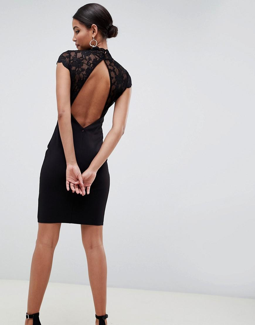 Фото короткое черное платье с открытой спиной растения можно