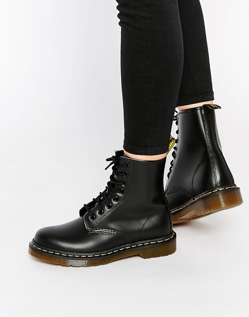 Dr. Martens | Классические ботинки с 8 парами люверсов Dr Martens Smooth 1460 - Черный | Clouty