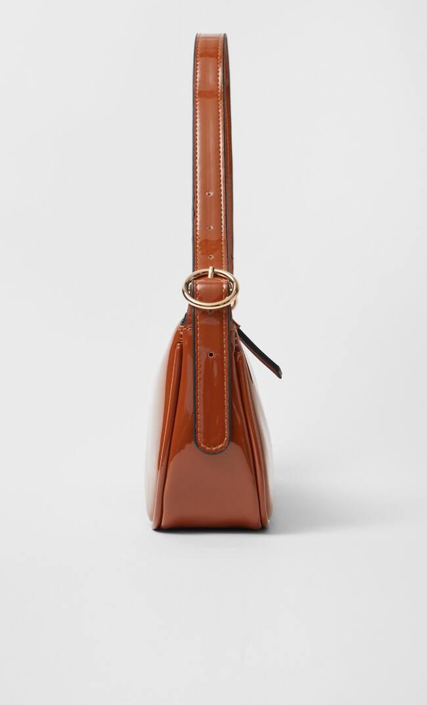 Stradivarius | Stradivarius Лакированная Сумка С Плечевым Ремнем Женская Коллекция Цвет Светлой Верблюжьей Шерсти 103 | Clouty