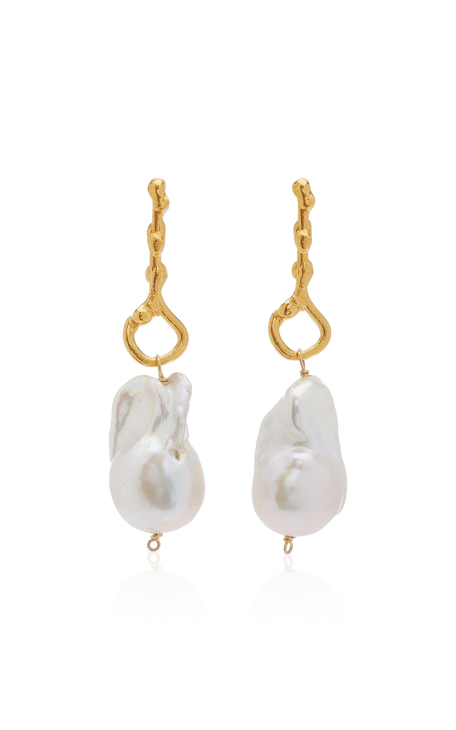 Alighieri | Alighieri The Olive 24K Gold-Plated Pearl Earrings | Clouty