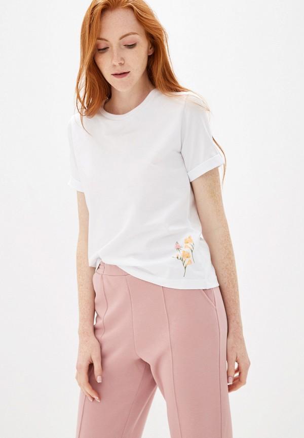 Fashion.Love.Story | белый Женская белая футболка Fashion.Love.Story | Clouty