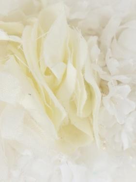 Quis Quis | Повязка для волос с цветочным декором | Clouty