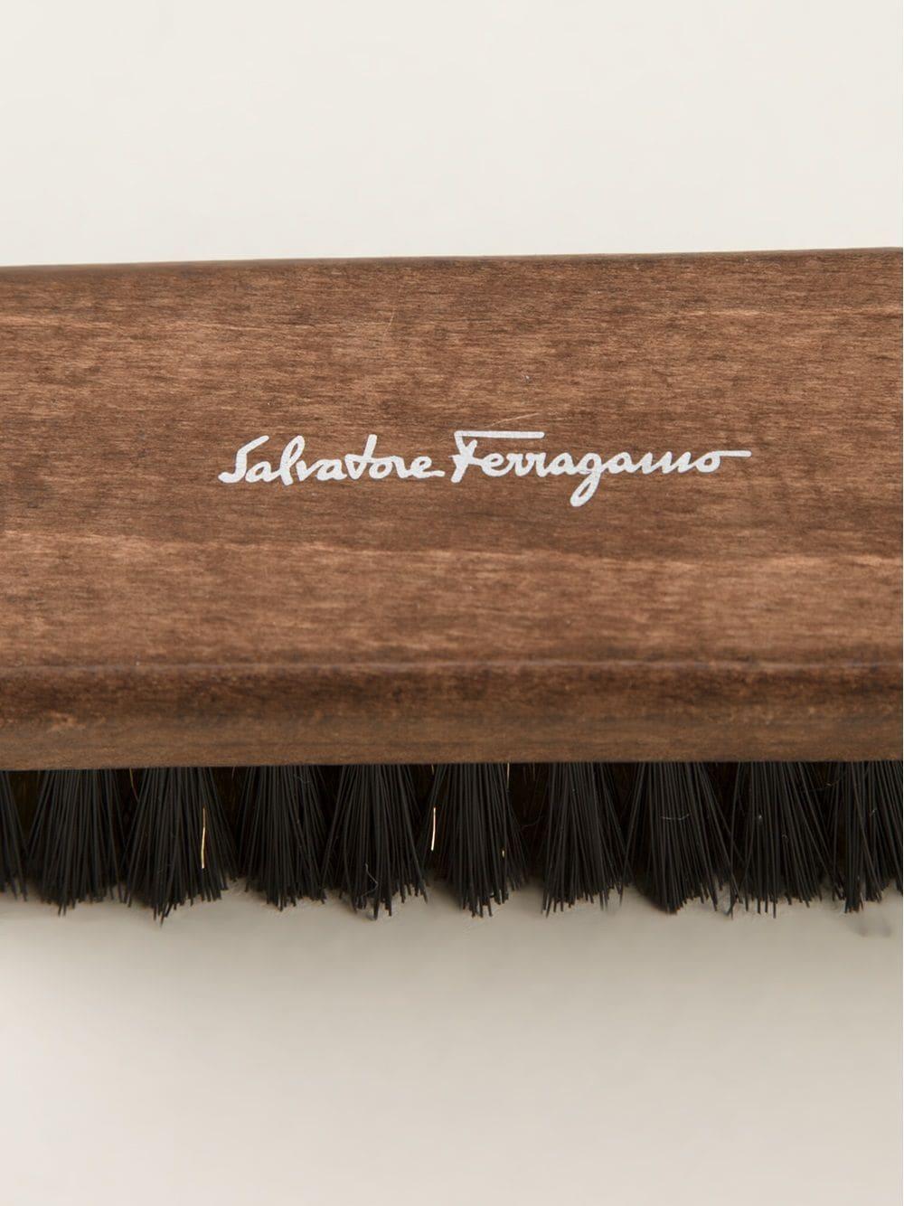 SALVATORE FERRAGAMO   Salvatore Ferragamo щётка для чистки обуви   Clouty