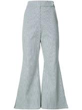 Фото укороченные расклешенные брюки Kimhekim