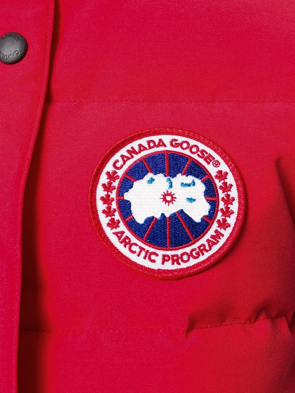 CANADA GOOSE | Canada Goose пуховый жилет с заплаткой с логотипом | Clouty