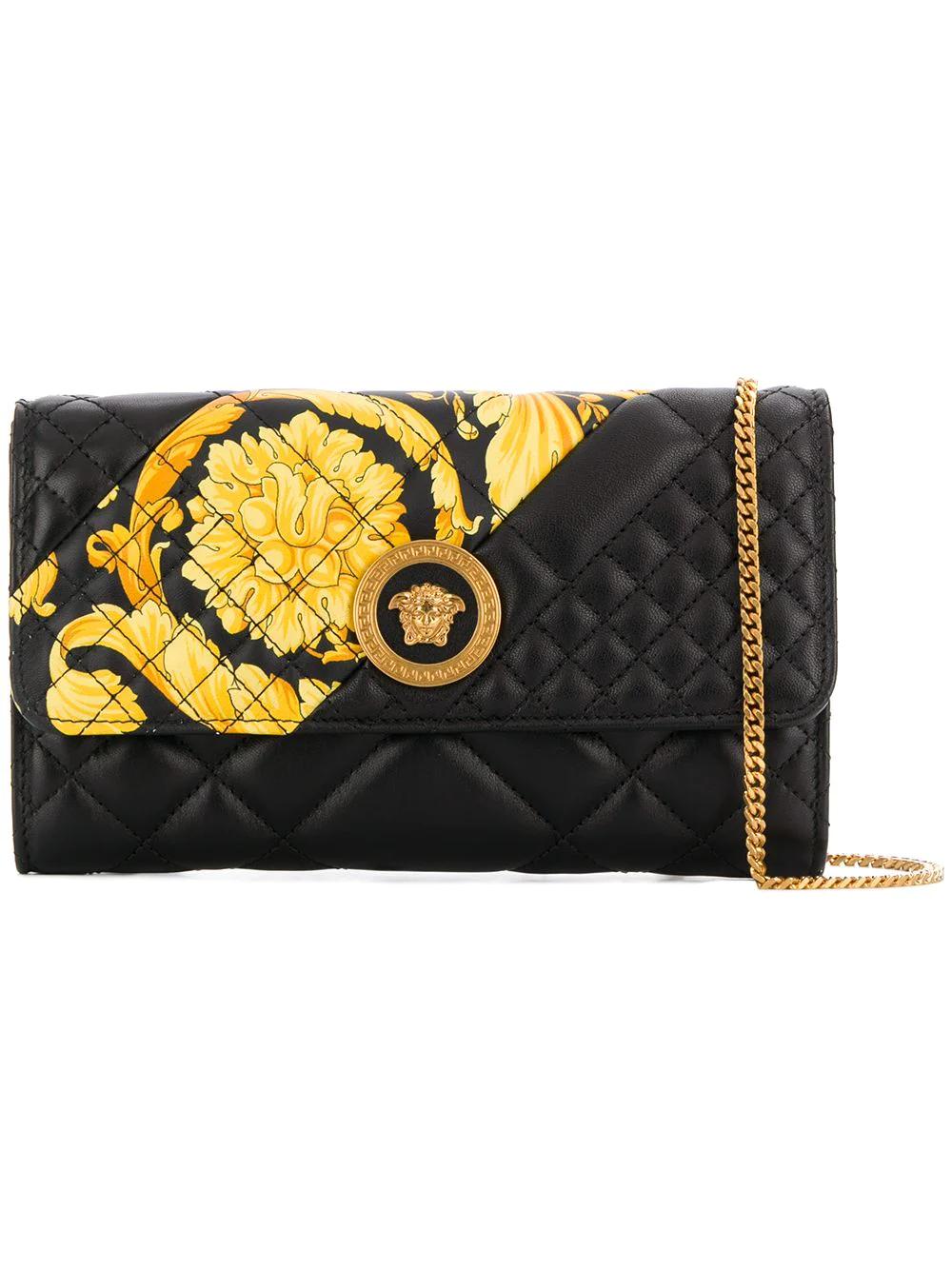 Versace   стеганый клатч 'Medusa'   Clouty