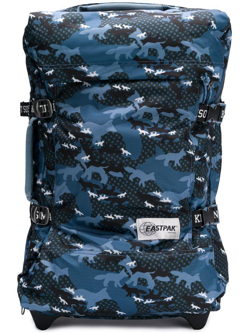 Eastpak | чемодан с камуфляжным принтом | Clouty