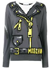 Фото трикотажный свитер с принтом