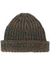 Фото chunky knit beanie