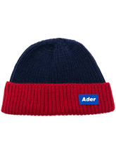 Фото knit panelled beanie