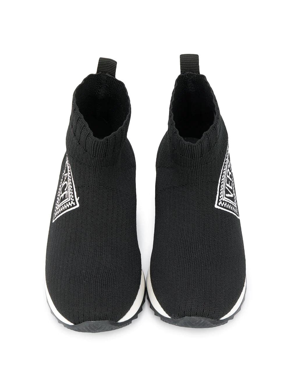 Young Versace | кроссовки-носки с логотипом | Clouty