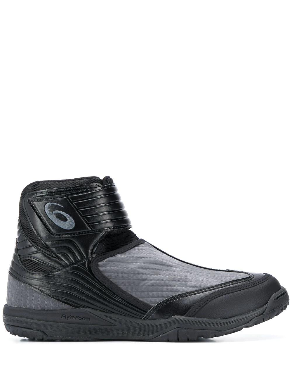 ASICS   ASICS высокие кроссовки со вставками   Clouty