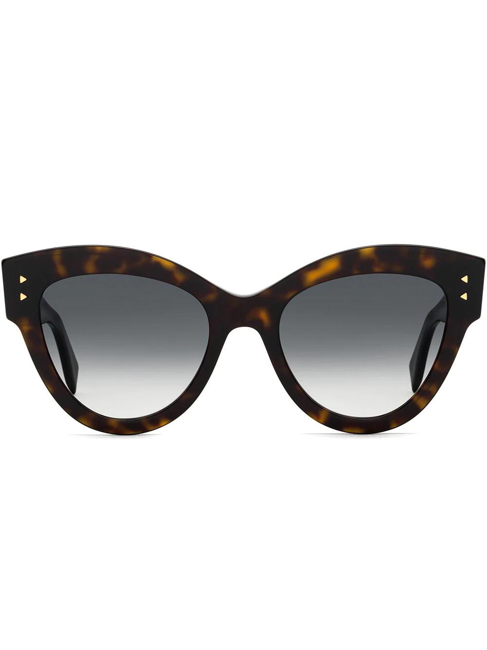 FENDI   солнцезащитные очки в массивной оправе 'кошачий глаз'   Clouty