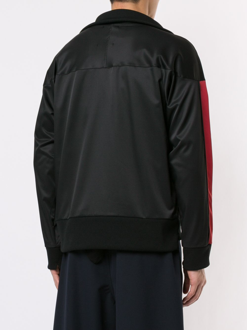 Maison Mihara Yasuhiro | куртка-бомбер с полосками по бокам | Clouty