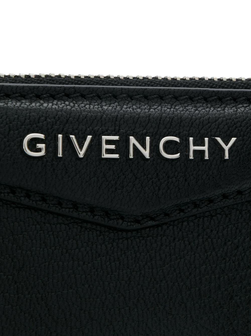 GIVENCHY | клатч с металлическим логотипом | Clouty