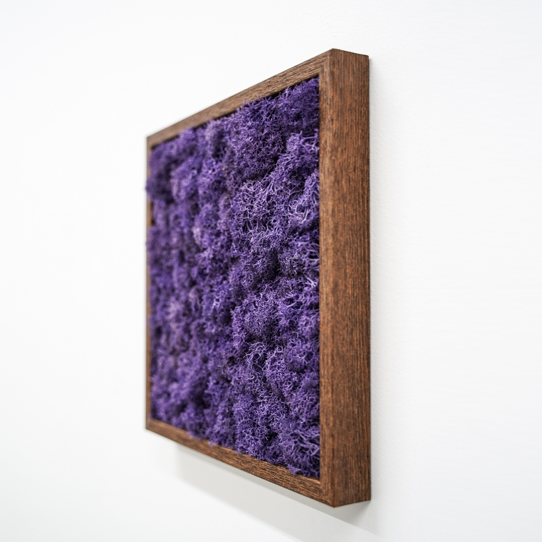 Inmyroom | Панно с фиолетовым мхом | Clouty